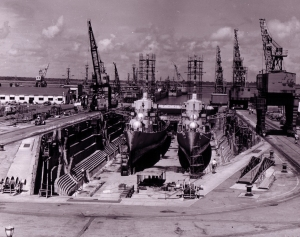 Destroyers in CNSY Drydock 1, undated